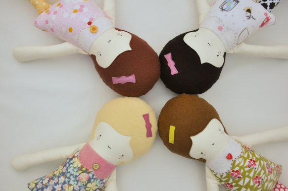 Heirloom cloth dolls make a thoughtful gift.