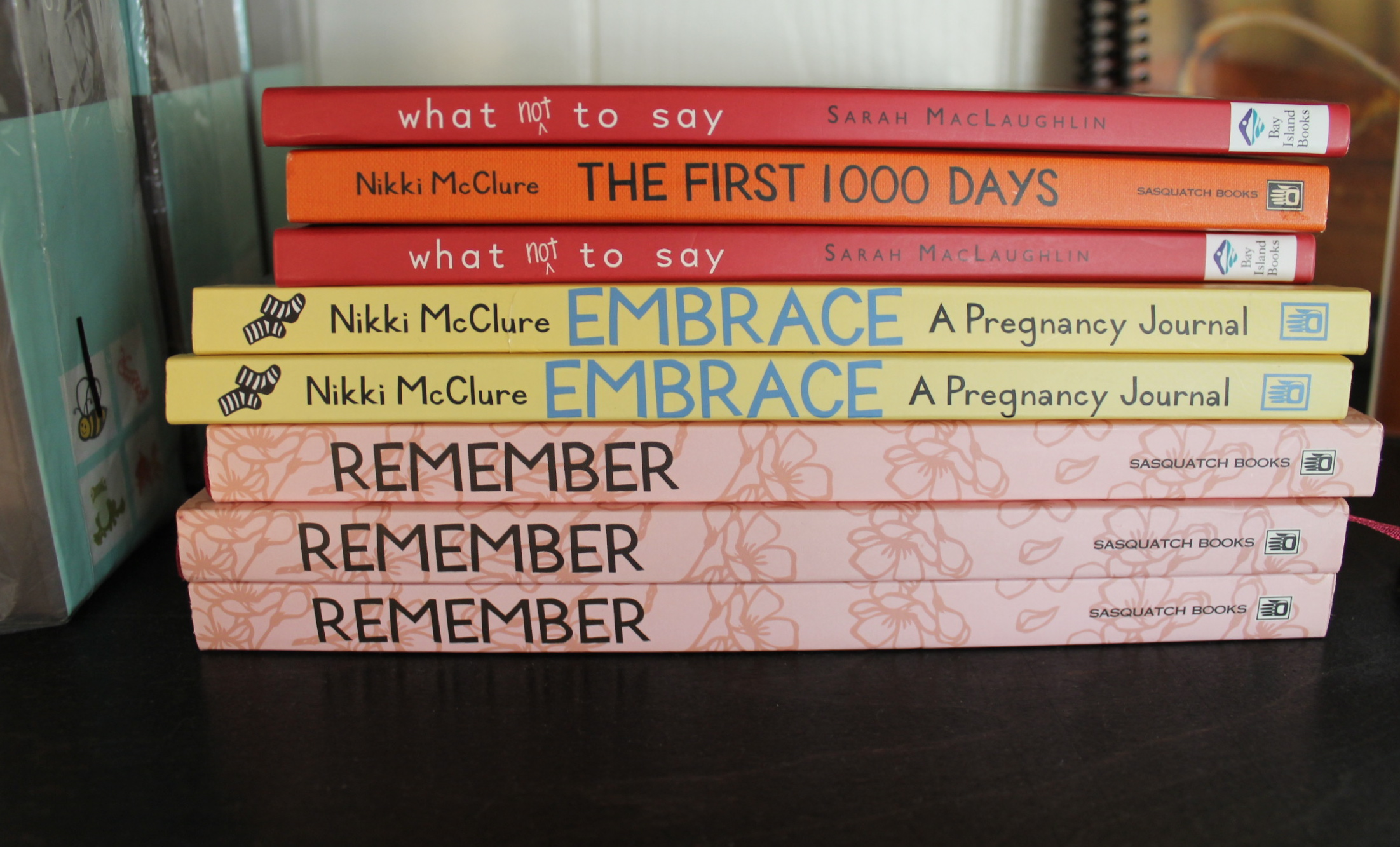 Helpful books and journals for new parents.