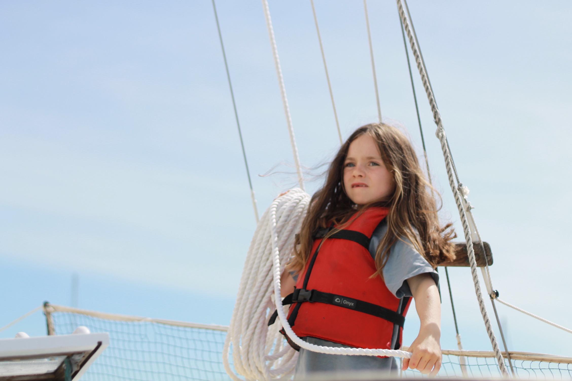 Raya prepares the sails.